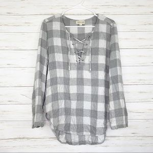 Cloth & Stone | Grey/White Checkered Lace Up Top